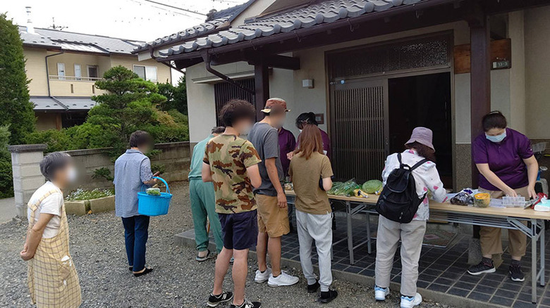 新鮮野菜販売会を実施しました